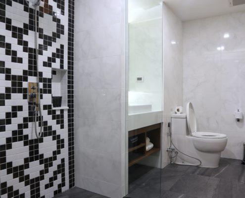 Bathroom-2-495x400 GALLERY 画廊