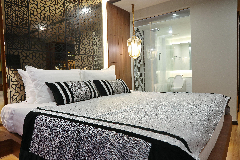 4-7 Deluxe Room 豪华房